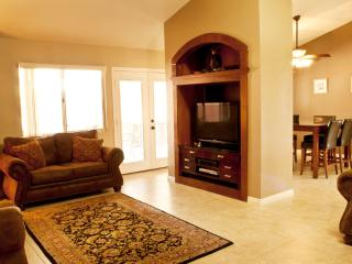 Upscale 4 Bedroom Vacation Home W/ Golf Discounts - Mesquite vacation rentals