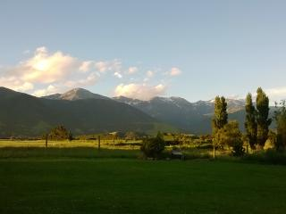 Bright House with Mountain Views and Parking - Kaikoura vacation rentals