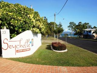 Seychelle Holiday Units - Sunshine Coast vacation rentals