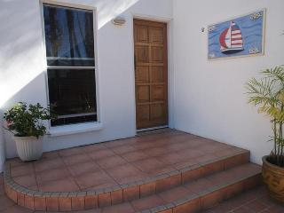 Beautiful Condo with Internet Access and Alarm Clock - Tin Can Bay vacation rentals