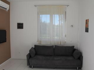 Modern and minimalis apt. near sea with A/C & WiFi - Central Dalmatia vacation rentals