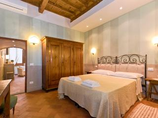 Charm and Tradition at Vacation Rental in Florence Heart - Florence vacation rentals