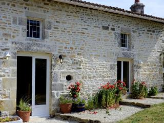 A spacious, attractive and charming  detached gite - Villefagnan vacation rentals