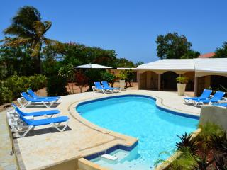 NO HIDDEN FEES - SECLUDED OASIS MINUTES FROM BEACH - Cabarete vacation rentals