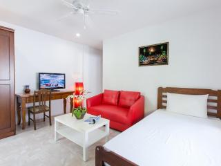 Cosy Family Apartment with Kitchen! - Patong vacation rentals
