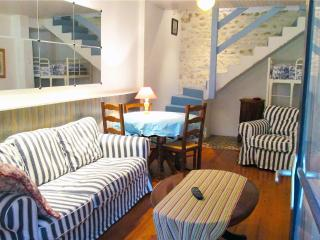 1 bedroom Gite with Internet Access in Pons - Pons vacation rentals