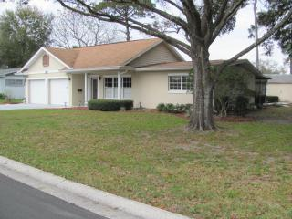 Florida ranch style home on a golf course. - Deltona vacation rentals