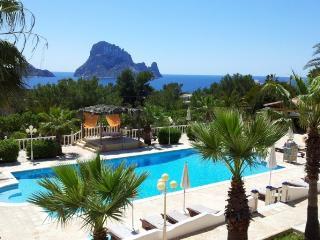Estudio En Ibiza Con Vistas Mar Y Vistas Es Vedra - Cala Carbo vacation rentals
