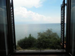 Artistic Vila in Elen Kamen, Kalishta, Ohrid Lake - Struga vacation rentals