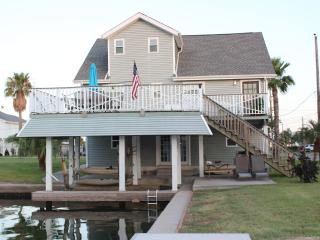 Canal Fun in Jamaica Beach - Jamaica Beach vacation rentals