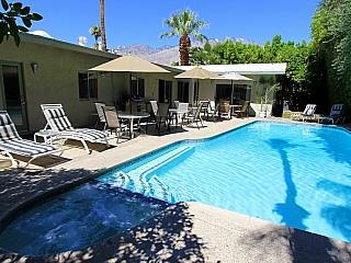 Perfect 6 bedroom Palm Springs House with Outdoor Dining Area - Palm Springs vacation rentals