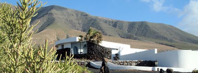 Casa Chicho Villa Lanzarote - Casa Chicho Holiday Villa Playa Famara Lanzarote - Famara - rentals