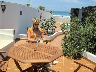 Casa Chicho Holiday Villa Playa Famara Lanzarote - Los Valles vacation rentals