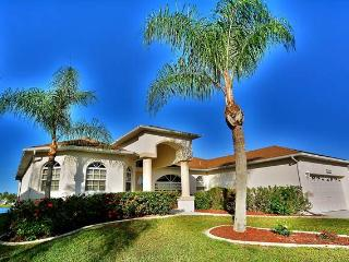 Nice House with A/C and Shared Outdoor Pool - Fort Myers vacation rentals