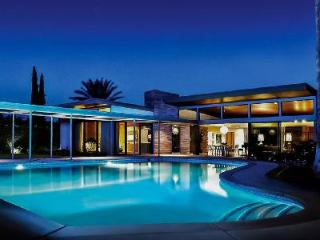 Twin Palms Sinatra Estate- Spectacular Mid-Century Architecture with Unique Pool - Palm Springs vacation rentals