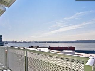 BRAND NEW | WATERFRONT VIEW |  3 BLKS 2 PIKE PLACE - Seattle Metro Area vacation rentals