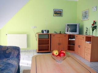Vacation Apartment in Spalt - 732 sqft, comfortable, bright, quiet (# 5371) - Spalt vacation rentals