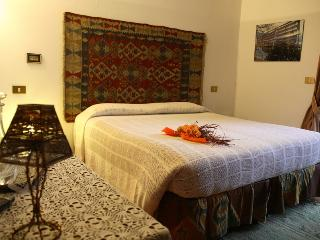 Nice B&B with Internet Access and Short Breaks Allowed - Sale Marasino vacation rentals