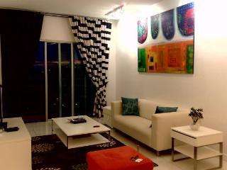 Amisha Home 2 Bedrooms Vacation Apartment Malaysia - Petaling Jaya vacation rentals