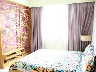 Amisha Home 3 Bedrooms Apartment Budget Rental - Petaling Jaya vacation rentals