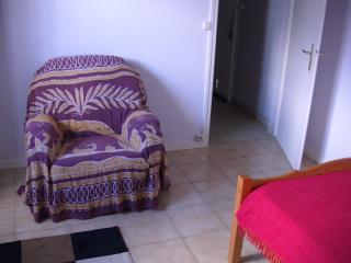 Nice 1 bedroom Condo in Medis with Internet Access - Medis vacation rentals