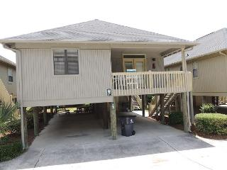 Nice 3 bedroom Cottage @ Guest Cottages- Myrtle Beach SC #42 - Myrtle Beach vacation rentals