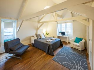 Amsterdam Prins Luxury - Amsterdam vacation rentals