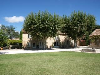 Eygalieres Vacation Rental with a Pool and Internet - Merindol vacation rentals