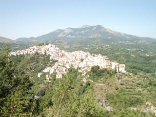 """Albergo """"Il Chiostro"""" Rivello Camera 1 - Rivello vacation rentals"""