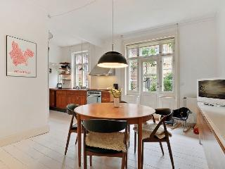 Great Copenhagen apartment near Ryparken station - Copenhagen vacation rentals