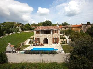 Beautiful authentic Istrian villa Domus Lauri - Buje vacation rentals