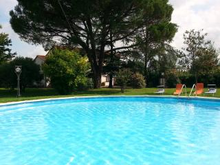 casa vacanze - Capannori vacation rentals