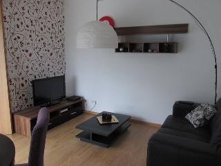 Apartamento novo c vista para o mar  e garagem - Sesimbra vacation rentals