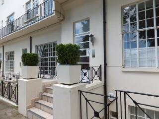 Elegant London Vacation Rental at Regents Park - Hemel Hempstead vacation rentals