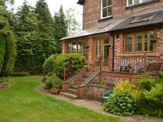 Didsbury Park Properties 2 Bedroom Apartment - Greater Manchester vacation rentals