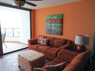 Balcones 4-11A, 3 bedroom  condo at the beach - El Farallon del Chiru vacation rentals