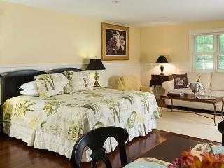 The Garden House Suite :: Extended Stay Luxury - Lincolnville vacation rentals