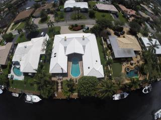 Luxury Waterfront Home, 1 mile to beach - Deerfield Beach vacation rentals