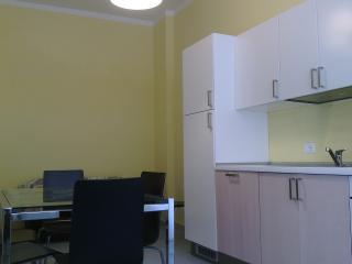 Yellow House for rent in Pozzallo - Pozzallo vacation rentals