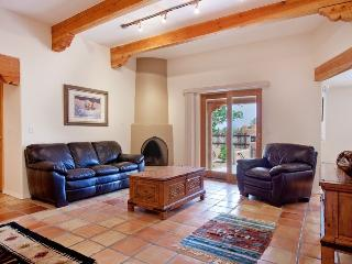 Don Canuto - SPECIAL PRICING IN APRIL - Santa Fe vacation rentals