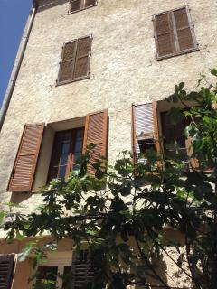 L'APPART Confortable and Charming, center village - Cotignac vacation rentals