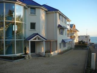 Nice Condo with Internet Access and Television - Pornichet vacation rentals