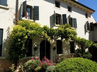 Casa del Glicine - Verona vacation rentals