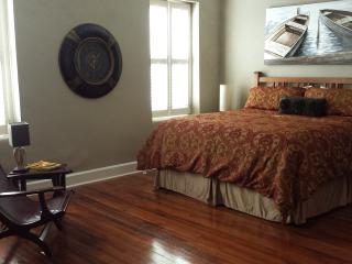 Artefactz Loft above the Historic Square - Granbury vacation rentals