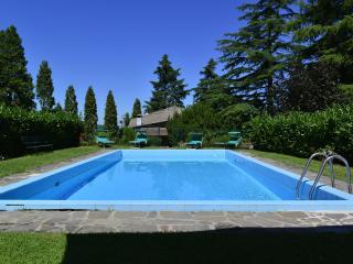 La Secchia Rapita Appartamento con piscina Bologna - Bologna vacation rentals
