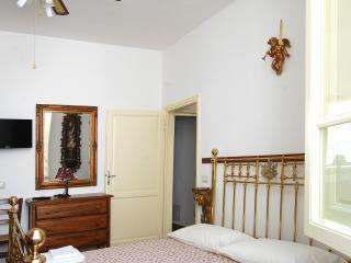 2 bedroom Condo with Internet Access in Lido Di Camaiore - Lido Di Camaiore vacation rentals