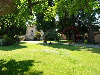 Cadrezzate Casa sul giardino Lago di Monate - Cadrezzate vacation rentals
