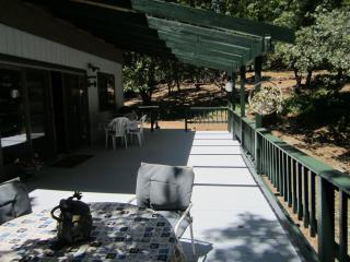 Perfect Location Walk to Town. Lake Membership! - Twain Harte vacation rentals