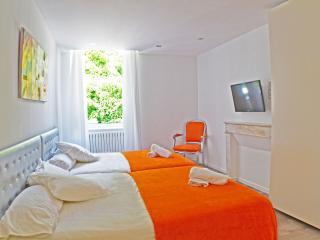 Romantic 1 bedroom Apartment in Laruns - Laruns vacation rentals