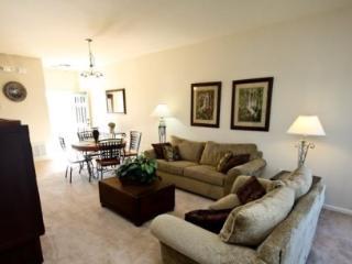 Corner 3 Bedroom 3 Bathroom Town Home In Trafalgar Village Resort. 2633OKC - Orlando vacation rentals